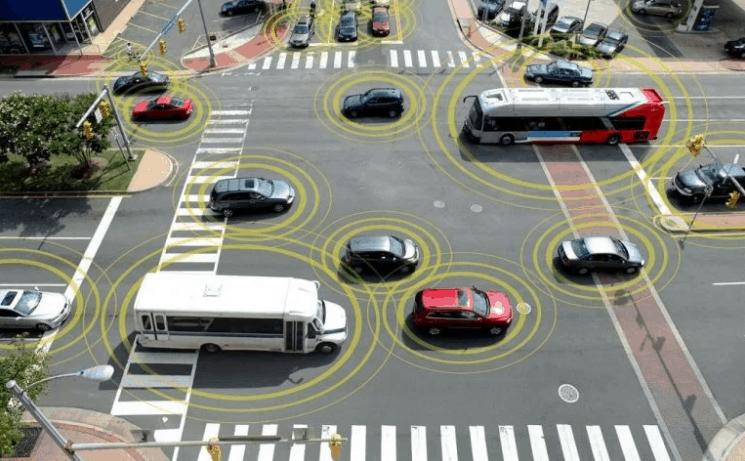 Coches separados con tecnología de vehículo a vehículo