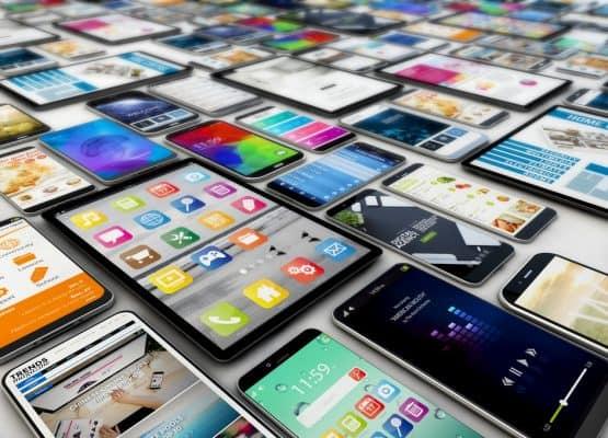 tabletas y teléfonos inteligentes renderizado 3d