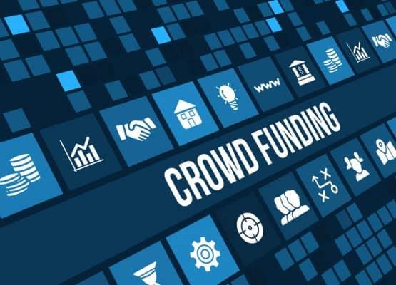 Imagen de concepto de crowdfunding con iconos de negocios y copyspace.