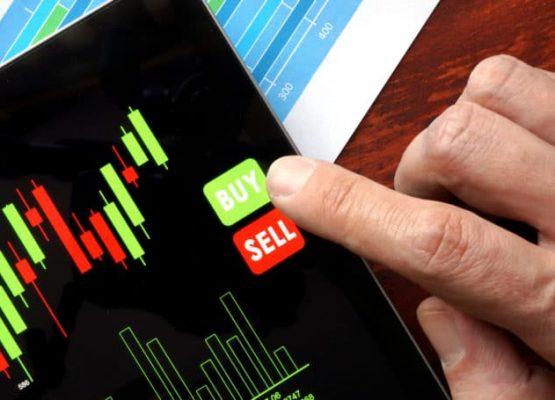 7 acciones para comprar ahora para un verano de reaperturas