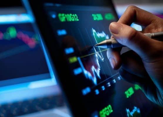 3 acciones minoristas para comprar en el Dip este verano
